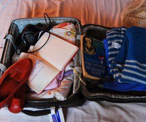 Short term apartment rental Paris suitcase